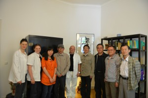 Delegation der TCM-Universität Chengdu in Berliner Praxis